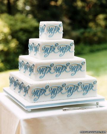 Monogram Details: Geometric Cake