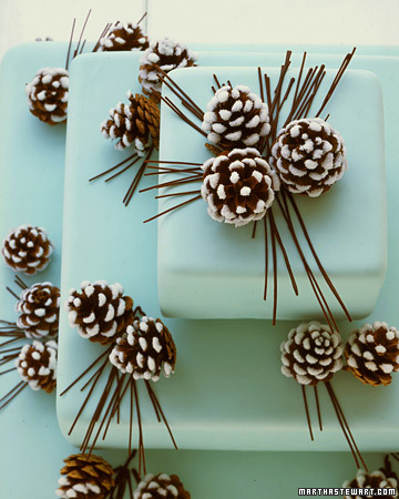 Snowy Pinecone Wedding Cake