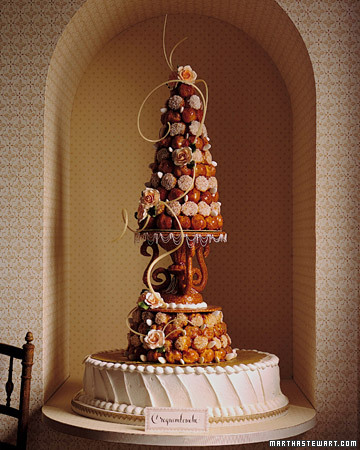 Wedding Trends: Unique Cakes  TEN:THIRTEEN design